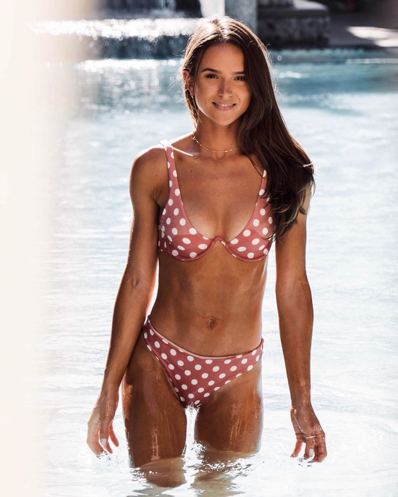 Helen Owen in bikini 1-august-2020