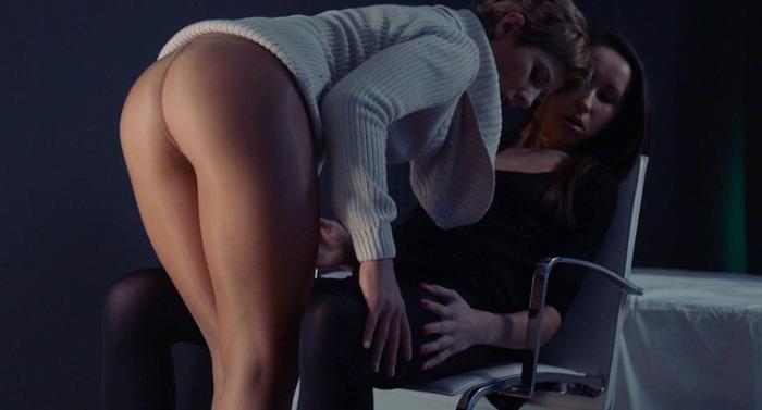 Jane, Tiffany - Jane stapon fucks her girl in shiny pantyhose to tears (HD 720p) - StraplessDildo - [2020]